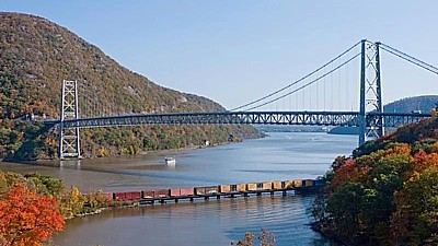 Fall Foliage Cruises from Weehawken to the Hudson Valley